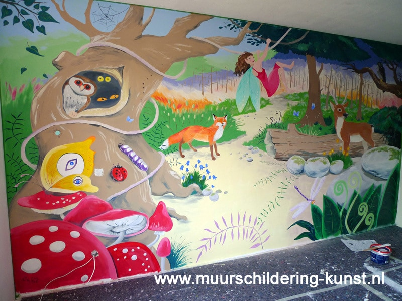 sprookjesbos muurschildering
